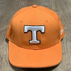 Tenn Vols (7 1/4 or 57.7cm) New Era fitted hat.